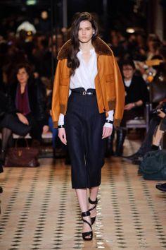 Hermès Fall 2013 Ready-to-Wear Runway - Hermès Ready-to-Wear Collection - ELLE