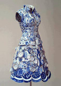 Porcelain Dress made entirely out of porcelain by Li Xiaofeng.