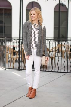 How to wear white jeans in the winter | women's fashion | outfit idea | fashion blog