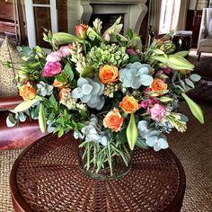 """Just delivered. #fabulousflowers #floraldesign #flowershop #florist #flowersofinstagram #capetown #cavendishsquare #instagood #instalove #instadaily #love…"""