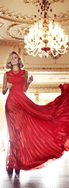 Merry Christmas / Haute in Philadelphia. karen cox. Red and Glamorous. Glamour Gowns