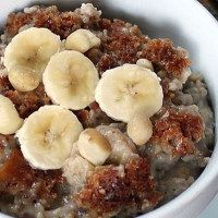 The Total Choice Quickie Banana Steel Cut Oats recipe. A healthy and delicious breakfast meal, full of fiber and vitamins. Get full recipe here: http://dr-oz.com/dr-ozs-total-choice-quickie-banana-steel-cut-oats-recipe