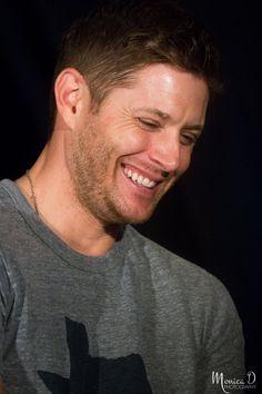 Jensen's beautiful smile (❤ʚ❤) .@JensenAckles : J2 Panel, @CreationEnt…