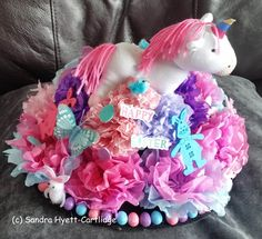 Unicorn Easter Bonnet. Easter Hat Parade, Easter Bonnets, Unicorn Hat, Hat Day, Spring Hats, Crazy Hats, Hadley, Easter Ideas, Hobbies And Crafts