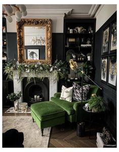 Dark Living Rooms, Living Room Green, Home Living Room, Living Room Designs, Living Room Themes, Green Living Room Furniture, Gothic Living Rooms, Victorian Living Room, Living Room Goals