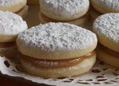 Alfajores: Typical Peruvian Manjar Blanco filled Cookies