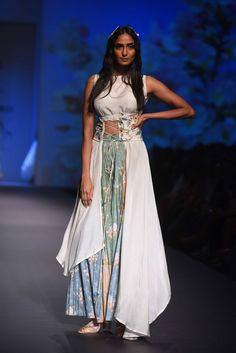 Some Beautiful Lehenga Looks For Not So Wedding Day Outfit:-Awesomelifstylefashion Gown Such. Indian Designer Outfits, Designer Dresses, Designer Sarees, Lakme Fashion Week, India Fashion, Indian Wedding Outfits, Indian Outfits, Western Dresses, Indian Dresses