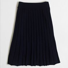 Factory pleated merino skirt