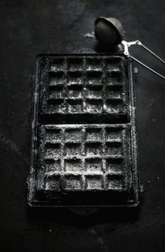 Imagine buttermilk charcoal waffles w/ maple candied bacon, basil walnut cream cheese spread, roasted vein cherry tomatoes & juicy portobello mushrooms. It's one of those breakfast/brunch you'll wish to have in anytime of the day. White Food, Black Food, Charcoal Burger, Paella, Waffle Machine, Crispy Waffle, Sandwiches, Waffle Sandwich, Candied Bacon