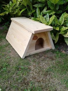 habitat on pinterest duck house bird feeders and dog. Black Bedroom Furniture Sets. Home Design Ideas