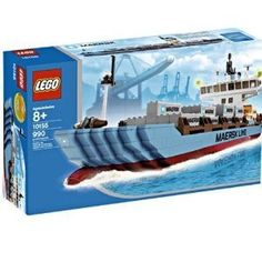 LEGO Set Maersk Line, More than 550 Maersk Sealand cargo liners sail the seas, carrying valuable goods to ports in 130 countries around the world. Established in this company is headquartered in Copenhagen, Denmark a. Lego City Train, Lego City Police, Lego Boot, Bateau Lego, Maersk Line, Lego Indiana Jones, Mercedes Benz Unimog, Lego Ship, Lego City