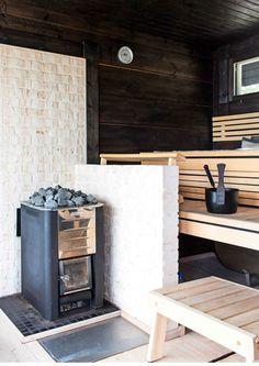 Anja-Leenan ja Karin paratiisi saaristomerellä   Meillä kotona Sauna Design, Outdoor Sauna, Room Of One's Own, Saunas, Laundry In Bathroom, Cottage, Indoor, House, Home Decor