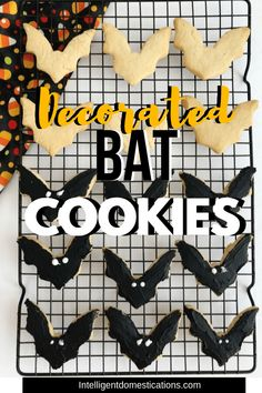 Halloween Bat Sugar Cookies Decorated Bat Sugar Cookies for Halloween. Sugar Cookie recipe for making refrigerated cookies that can be cut out using cookie cutters. You can ice these cookies. Halloween B Pumpkin Sugar Cookies, Halloween Sugar Cookies, Pumpkin Spice Cupcakes, Sugar Cookies Recipe, Pumpkin Pie Spice, Halloween Food For Party, Halloween Bats, Halloween Ideas, Candy Recipes
