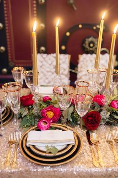 23 best tablescapes red images red wedding wedding decoration rh pinterest com