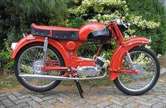 Moped Motorcycle, Moped Scooter, Old Motorcycles, Mini Bike, Impala, Ducati, Motorbikes, Showroom, Harley Davidson