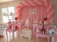 Momento Mágico Decorações : Festa Gatinha Marie - Mesa rosa
