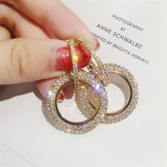 New Design High-Grade Elegant Crystal Round Golden and Silver Wedding Party Earrings for Woman. #jewelry #PartyEarrings