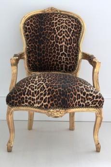 Gold Louis Leopard Chair | ʝ