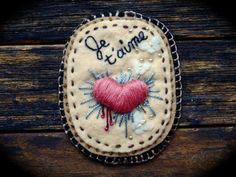 Je t'aime - Handmade, Embroidered, Felt Brooch / Ornament with French Sentiment