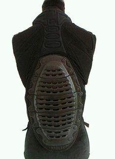 À vendre sur #vintedfrance ! http://www.vinted.fr/mode-femmes/protections/55016692-protection-gilet-dorsale-noir-icetools