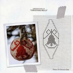 Arne and Carlos knitted Christmas balls. This is just one example Plastic Canvas Ornaments, Plastic Canvas Christmas, Christmas Toys, Christmas Knitting, Christmas Bells, Christmas Baubles, Christmas Stockings, Cross Stitch Christmas Ornaments, Christmas Tree Pattern