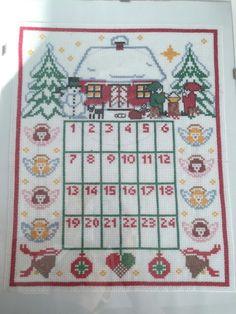calendario dell'avvento a punto croce