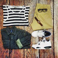 or: #WDYWTgrid by @sidscorner #WDYWT for on-feet photos #WDYWTgrid for outfit lay down photos #outfit #ootd •