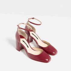 MID HEEL LEATHER SHOES WITH ANKLE STRAP from Zara