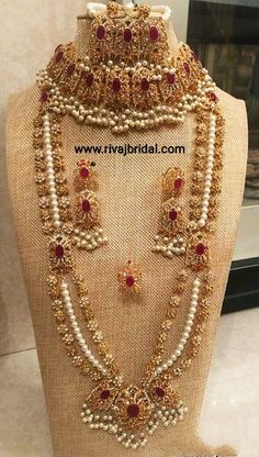 7 to 35 days world-wide delivery. Pakistani Bridal Jewelry, Indian Wedding Jewelry, Wedding Jewelry Sets, Indian Bridal, Wedding Accessories, Hair Accessories, Gold Jewelry For Sale, Indian Jewelry Sets, Stylish Jewelry