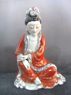 Chinese Peculiar Beautiful Famille Rose Porcelain Kwan-Yin Statue G782