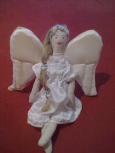 Angel for my sister.my work. My Sister, Hand Sewing, Garden Sculpture, Angels, Hearts, Outdoor Decor, Fun, Handmade, Sewing By Hand