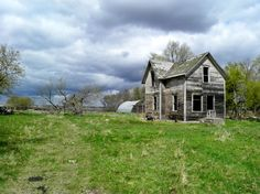 North Dakota - totally been in this house.  It's between my parent's place and Graham's Island on DL.