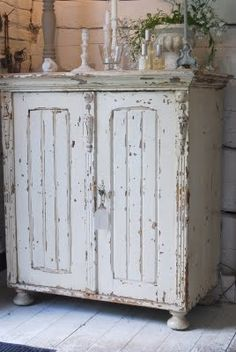 Shabby Chic Home Decor Casas Shabby Chic, Shabby Chic Stil, Shabby Chic Interiors, Shabby Chic Cottage, Shabby Chic Homes, Shabby Chic Furniture, Shabby Chic Decor, Shabby Bedroom, Shabby Chic Cabinet