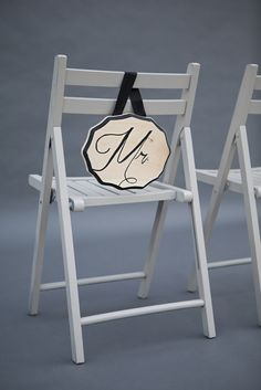DIY Wedding // Learn how to make this beautiful 'reception chair sign'! Using your favorite font... it's a super fun technique!