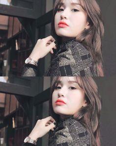 Jeon Somi South Korean Girls, Korean Girl Groups, Yuta, Jeon Somi, Successful Women, Ulzzang Girl, Girl Crushes, Kpop Girls, Pretty