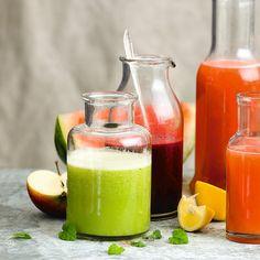 Bild på Grön juice med citronmeliss