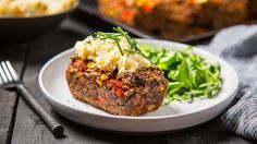 Meet this freeze-ahead vegan meatloaf—or a meat(less)loaf as we like to call it!
