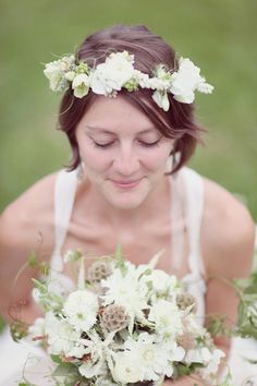 Floral Wreath on Shorter Hair. Photo by Simply Bloom Photography