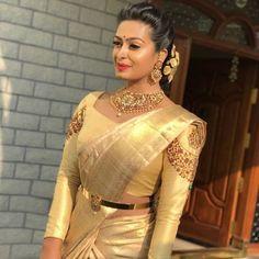 Silk Saree Blouse Designs, Fancy Blouse Designs, Bridal Blouse Designs, Silk Sarees, Designer Blouse Patterns, Designer Dresses, Traditional Blouse Designs, Vaddanam Designs, Hand Work Blouse Design