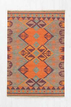 Woven Mirrored Arrow Kilim Rug - Urban Outfitters
