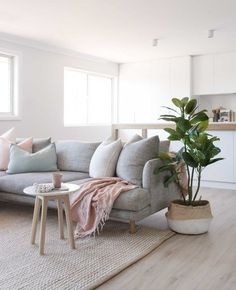 How To Decorate A Grey and Blush Pink Living Room Minimalist Living Room Blush Decorate Grey Living pink Room Ikea Living Room, Design Living Room, Coastal Living Rooms, Living Room Grey, Living Area, Ikea Bedroom, Living Room Ideas Light Grey Sofa, Coastal Rugs, Design Bedroom