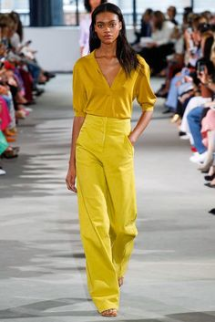 Tibi Spring 2018 Ready-to-Wear Collection Photos - Vogue