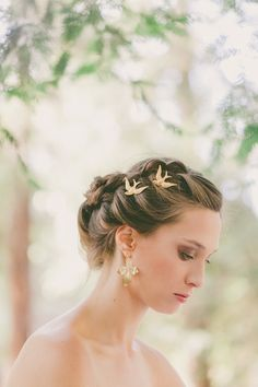 Gorgeously Unique Gold Bird Bobby Pins
