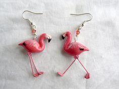 Pink Flamingos dandling earrings - Handmade in polymer clay   By Wildyfraise on Etsy