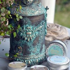 Gorgeous Patina using Artisan powders, Finnabair Wax and IOD moulds. Love her mixed media flair! #Repost @mezzanotteskapar ・・・ Patina effect made with Artisan Powder and Art Alchemy waxes. Also some IOD moulds. #patinaeffect #patina #iodmolds #artisanpowder #artalchemy #wax #finnabair #finnabairproducts #frankgarcia #primamarketing @primamarketinginc @frankgarciadesigns #ironorchiddesigns