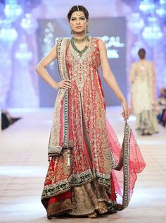 Latest Bridal Dresses By Sana Safinaz - Stylish Tips