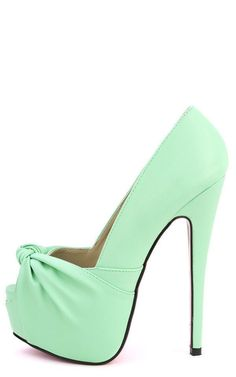 Glamour Mint Peep Toe Pumps - Weve never been so excited for a peep toe pump ba2725b8d