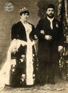صوره للخديوي توفيق مع زوجته الأميرة أمينة هانم إلهامي الملقبه بام المحسنين حوالي عام ١٨٨٠ م تقريبا