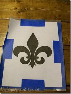 DIY Fleur de Lis Stencil