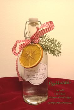 Diy Presents, Diy Gifts, Handmade Gifts, Christmas Gifts, Xmas, Naturally Beautiful, Diy And Crafts, Bottle, How To Make